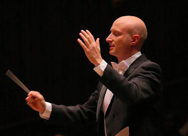 Meet Interim Music Director Paul Schrage